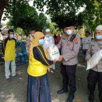 KAPOLSEK Medan Area, Kompol Faidir Chaniago Bagi Tali Asih Dan Sembako Dapat Apresiasi Dari Warga Komplek